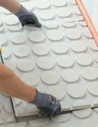 Variokomp vloerverwarming droog systeem - noppenplaten leggen