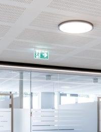 kantoorruimte met klimaatplafond Variotherm